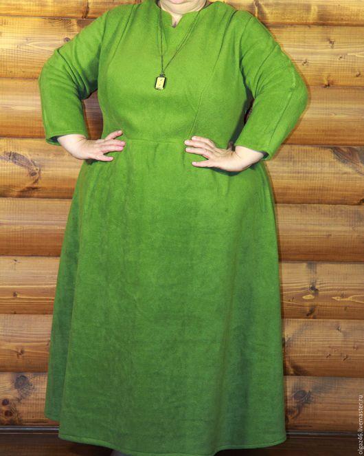"""Большие размеры ручной работы. Ярмарка Мастеров - ручная работа. Купить Платье большого размера, тёплое, длинное """"Зелёный флис"""". Handmade."""