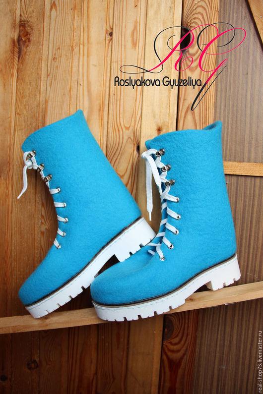 Обувь ручной работы. Ярмарка Мастеров - ручная работа. Купить Валяные женские ботинки Бирюза. Handmade. Бохо, зима близко