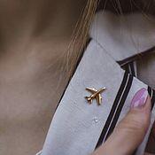 """Значок ручной работы. Ярмарка Мастеров - ручная работа Значок """"Самолет"""" (Золото 585). Handmade."""