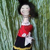 Украшения ручной работы. Ярмарка Мастеров - ручная работа Кукла-брошь Олив. Handmade.