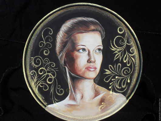 Персональные подарки ручной работы. Ярмарка Мастеров - ручная работа. Купить сувенирная тарелочка с портретом. Handmade. Черный, тарелка сувенирная