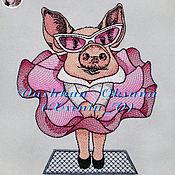 """Схемы для вышивки ручной работы. Ярмарка Мастеров - ручная работа Дизайн машинной вышивки """"Свинка Монро"""". Handmade."""