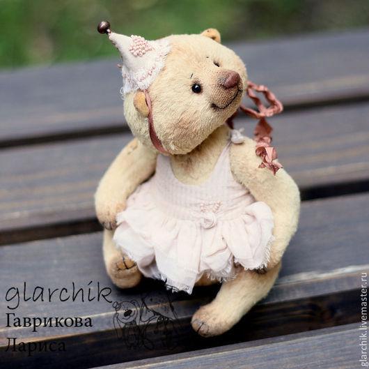 Мишки Тедди ручной работы. Ярмарка Мастеров - ручная работа. Купить медведица Вуокко. Handmade. Бежевый, коллекционный медведь, бисер
