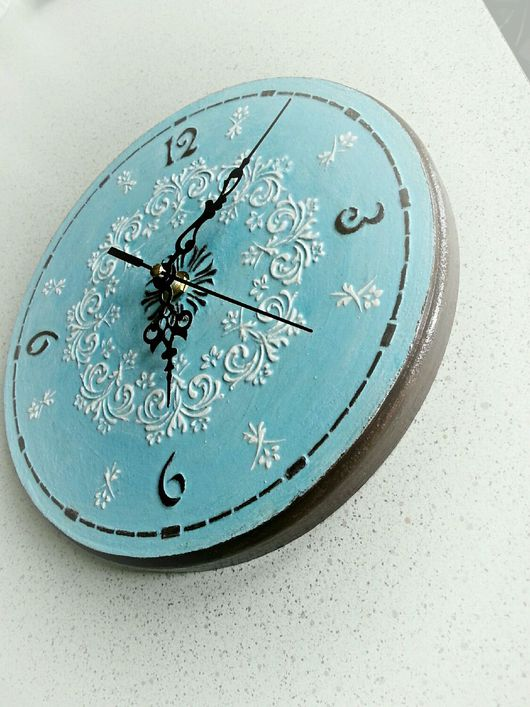 Часы для дома ручной работы. Ярмарка Мастеров - ручная работа. Купить Часы голубые с орнаментом. Handmade. Часы настенные, handmade