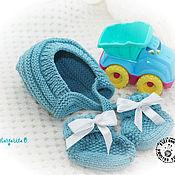 Работы для детей, ручной работы. Ярмарка Мастеров - ручная работа Комплект для новорожденного Шапочка и пинетки - 2. Handmade.