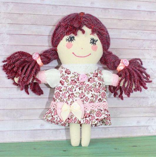 Народные куклы ручной работы. Ярмарка Мастеров - ручная работа. Купить Маленькая, да удаленькая!. Handmade. Текстильная кукла, подарок