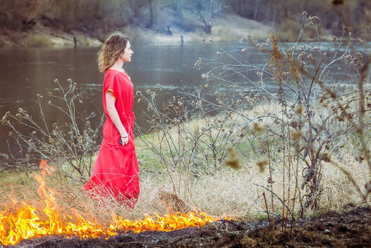 Платья ручной работы. Ярмарка Мастеров - ручная работа. Купить Алый шелк - платье в пол. Handmade. Ярко-красный, огненный