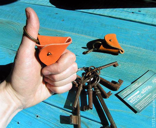Брелоки ручной работы. Ярмарка Мастеров - ручная работа. Купить брелок  для ключей (ТРЕУГОЛЬНИК). Handmade. Разноцветный, мелочи жизни
