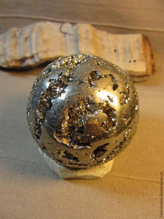 """Персональные подарки ручной работы. Ярмарка Мастеров - ручная работа. Купить 683гр. Шар Пирит """"Блики в сфере"""" Природный камень. Handmade."""
