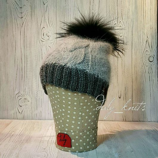Шапки ручной работы. Ярмарка Мастеров - ручная работа. Купить Шапка вязанная с косами. Handmade. Серый, шапка вязаная