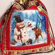 """Подарки к праздникам ручной работы. Ярмарка Мастеров - ручная работа Новогодний мешочек для подарков """"Снеговик с друзьями"""". Handmade."""