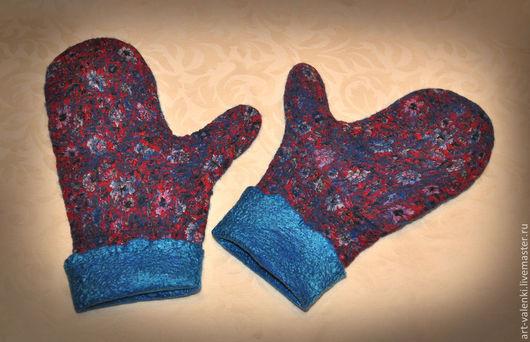 Валяные с шелком варежки `Шагаловский подарок` автор Мария Егорова