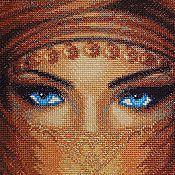 Картины и панно ручной работы. Ярмарка Мастеров - ручная работа Вышитая крестом картина Gaze (Взгляд). Handmade.