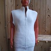 Одежда ручной работы. Ярмарка Мастеров - ручная работа Комплект - жилет, юбочка, шапочка из собачьей шерсти. Handmade.