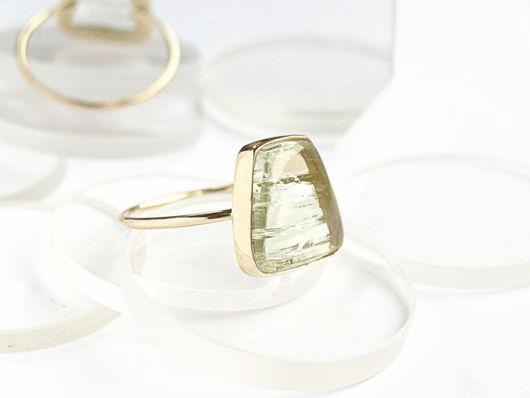 Кольца ручной работы. Ярмарка Мастеров - ручная работа. Купить Минималистичное золотое кольцо с аквамарином 2. Handmade. Оригинальное кольцо
