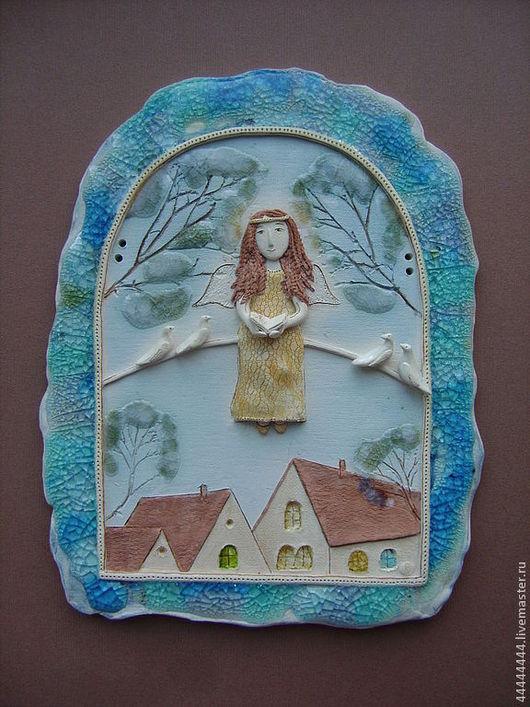 Город ручной работы. Ярмарка Мастеров - ручная работа. Купить панно Ангел с голубками керамика. Handmade. Ангел над крышами