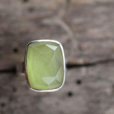 Украшения ручной работы. Ярмарка Мастеров - ручная работа 16.5пренит и горный кварц Кольцо серебряное. Handmade.