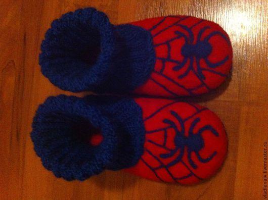 """Обувь ручной работы. Ярмарка Мастеров - ручная работа. Купить Тапочки детские из шерсти """"Человек-паук"""". Handmade. Ярко-красный"""