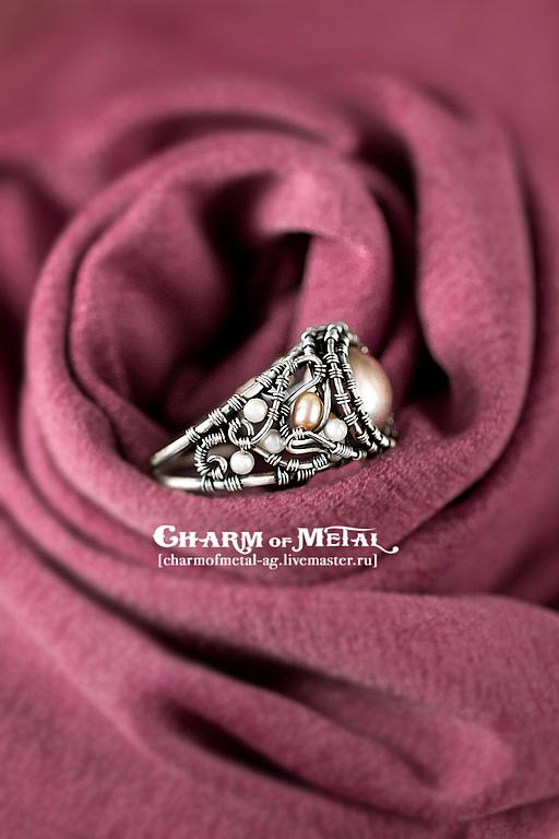 """Кольца ручной работы. Ярмарка Мастеров - ручная работа. Купить """"Эос"""" Серебряное кольцо с жемчугом. Handmade. Украшение, серебряное, персиковый"""