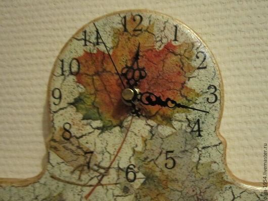 """Часы для дома ручной работы. Ярмарка Мастеров - ручная работа. Купить Часы-ключница """"Осенний блюз. Клен"""". Handmade. Серый"""