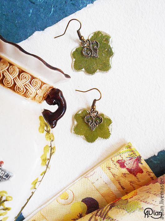 Серьги ручной работы. Ярмарка Мастеров - ручная работа. Купить Серьги с настоящими листьями манжетки. Handmade. Тёмно-зелёный, серьги
