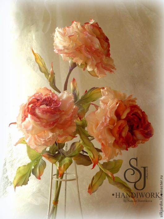 """Букеты ручной работы. Ярмарка Мастеров - ручная работа. Купить Цветы из ткани букет шёлковых роз """"Сударушка"""". Handmade."""
