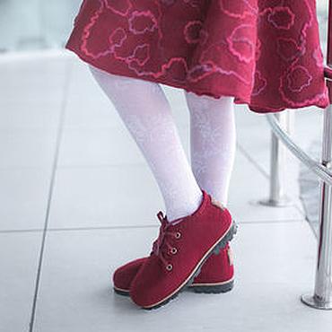 Footwear handmade. Livemaster - original item Felted shoes for girl School time Bordeaux. Handmade.