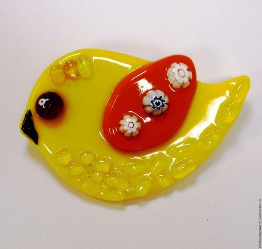 """Броши ручной работы. Ярмарка Мастеров - ручная работа. Купить фьюзинг брошь """"Лимонные птички"""", стекло, украшение. Handmade. Брошь"""