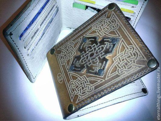"""Кошельки и визитницы ручной работы. Ярмарка Мастеров - ручная работа. Купить Кошелек """"Кельтский крест"""". Handmade. Коричневый, кельтский стиль"""