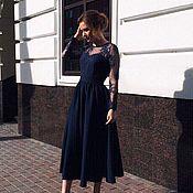 Одежда ручной работы. Ярмарка Мастеров - ручная работа Темное вечернее платье с кружевным верхом в миди длине. Handmade.