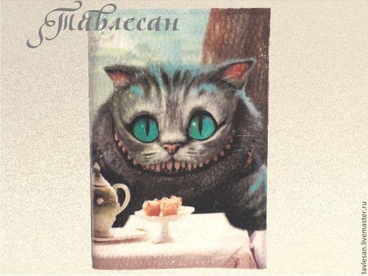"""Обложки ручной работы. Ярмарка Мастеров - ручная работа. Купить Обложка для паспорта  """"Чеширский кот"""" кожа  декупаж. Handmade."""