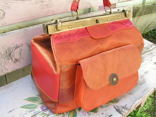 Женские сумки ручной работы. Ярмарка Мастеров - ручная работа. Купить Саквояж терракотовый  полосатый. Handmade. Рыжий