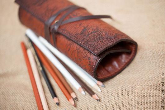Пеналы ручной работы. Ярмарка Мастеров - ручная работа. Купить пенал для карандашей из кожи. Handmade. Коричневый, для художника, тонирование