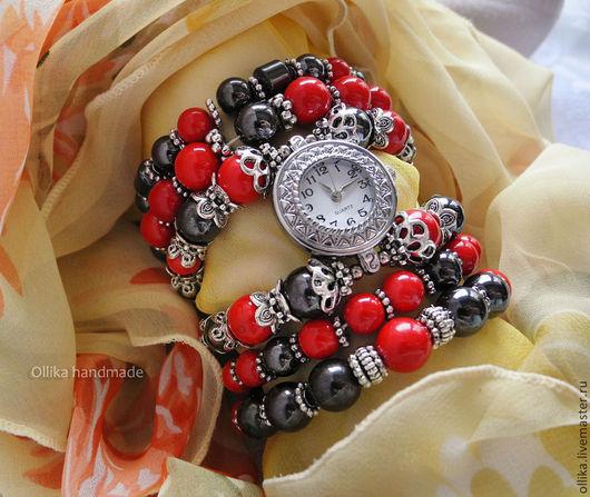 Часы женские на руку Стендаль, и комплект браслетов на спандексе наручные часы, женские часы, браслет с часами, браслет-часы, браслет с кораллами, оригинальный браслет, необычные наручные часы, браслет с кораллом, браслет и серьги, комплект украшений, кварцевые часы, женские часы, часы и серьги фото, СЕРЬГИ В ПОДАРОК, ПОДАРОК ПРИ ПОКУПКЕ, часы женские, часы женские наручные, часы на руку, часы браслет, часы, ollika handmade, ollika ольга дмитриева