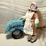 Куклы и игрушки ручной работы. Ярмарка Мастеров - ручная работа Мороженщица -ватная елочная игрушка.. Handmade.