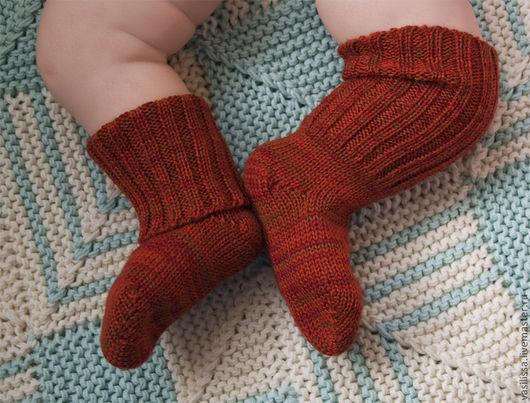 Носки, гольфы, гетры ручной работы. Ярмарка Мастеров - ручная работа. Купить Вязаные носочки - чулочки для малышей. Handmade. Бежевый