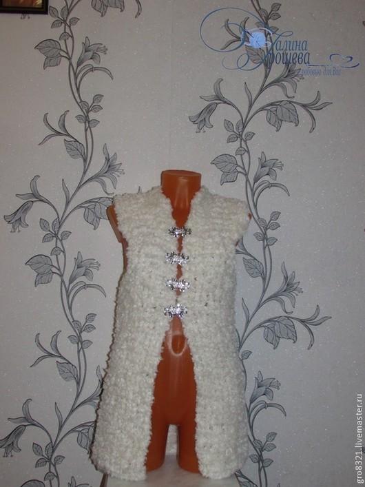 """Жилеты ручной работы. Ярмарка Мастеров - ручная работа. Купить Жилет """"Лебедушка"""". Handmade. Белый, вязание на заказ, модная одежда"""