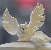 """Сувениры и подарки ручной работы. Ярмарка Мастеров - ручная работа фигурка """"крылатая лисичка"""" (лиса белая, песец). Handmade."""