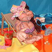 """Куклы и игрушки ручной работы. Ярмарка Мастеров - ручная работа """"Шоколадка на море"""" шаржевая кукла на удачу. Handmade."""