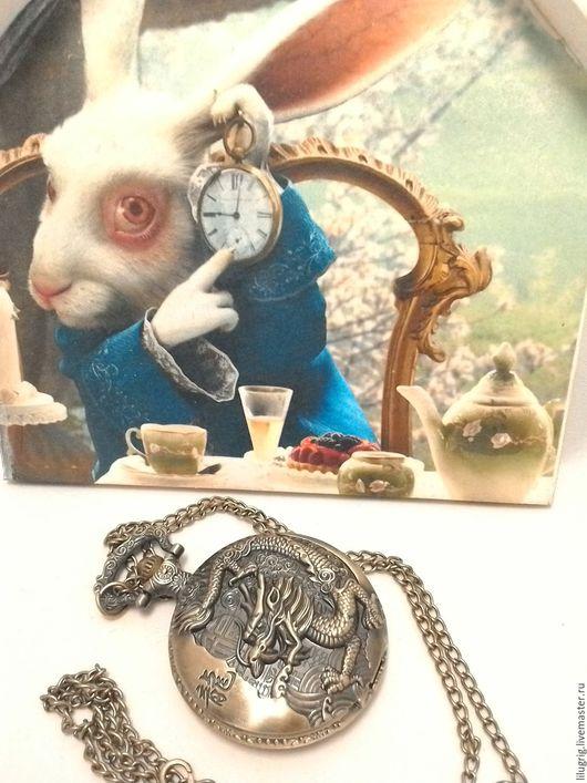 """Часы ручной работы. Ярмарка Мастеров - ручная работа. Купить Часы карманные """"Знак дракона"""". Handmade. Часы, подарок"""