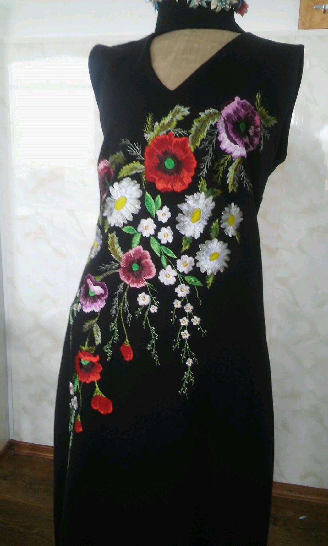 Шелк с вышивкой платья 141