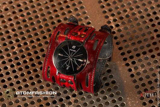 """Часы ручной работы. Ярмарка Мастеров - ручная работа. Купить Часы женские """"Фобос"""" красные. Handmade. Часы, часы на браслете"""