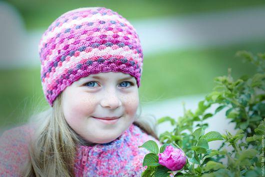 Шапки и шарфы ручной работы. Ярмарка Мастеров - ручная работа. Купить весенняя шапочка для девочки. Handmade. Комбинированный, Лиловый цвет