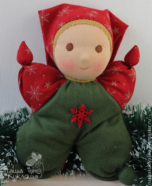 Вальдорфская игрушка ручной работы. Ярмарка Мастеров - ручная работа. Купить Вальдорфская кукла Новогодний Малыш. Handmade. Тёмно-зелёный