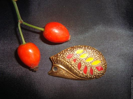 Винтажные украшения. Ярмарка Мастеров - ручная работа. Купить Винтажная  брошь  с эмалью  Осенняя. Handmade. Винтаж, украшение для женщин