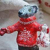 """Елочные игрушки ручной работы. Ярмарка Мастеров - ручная работа Ватная игрушка """"Мышонок в свитере"""". Handmade."""