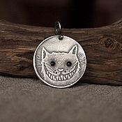 """Украшения ручной работы. Ярмарка Мастеров - ручная работа Медальон """"Кот, который всегда сам по себе"""". Handmade."""