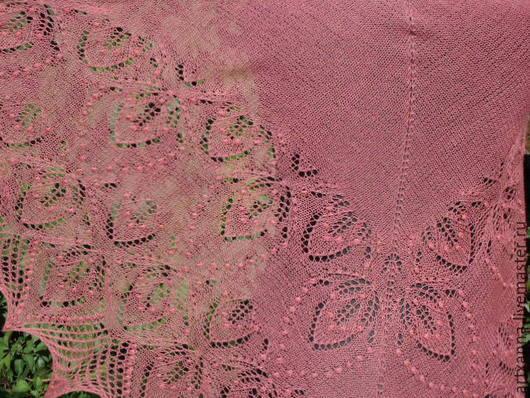"""Шали, палантины ручной работы. Ярмарка Мастеров - ручная работа. Купить Шаль """"Лист резной"""". Handmade. Розовый, подарок девушке"""