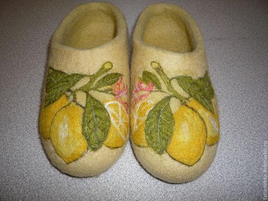 Красивые тапочки,уютная обувь,тёплый подарок,валяные тапочки.