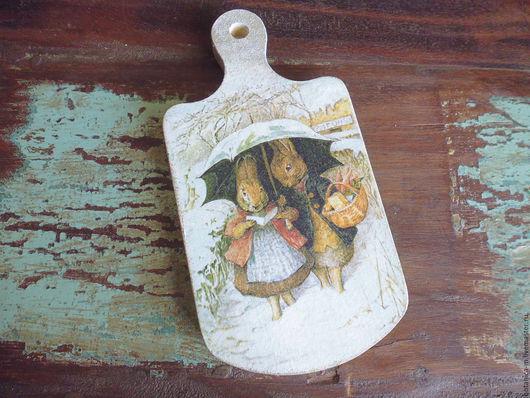 Кухня ручной работы. Ярмарка Мастеров - ручная работа. Купить Доска для сыра Beatrix Potter в винтажном стиле. Handmade.
